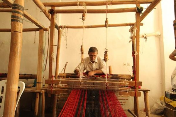 weaving art kermanshah