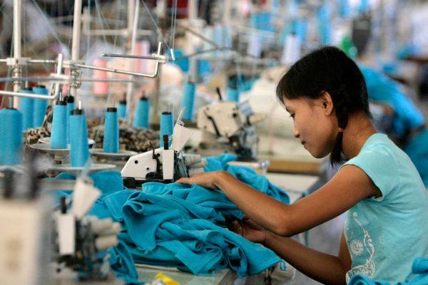 Myanmar_sweatshop_rtr_img