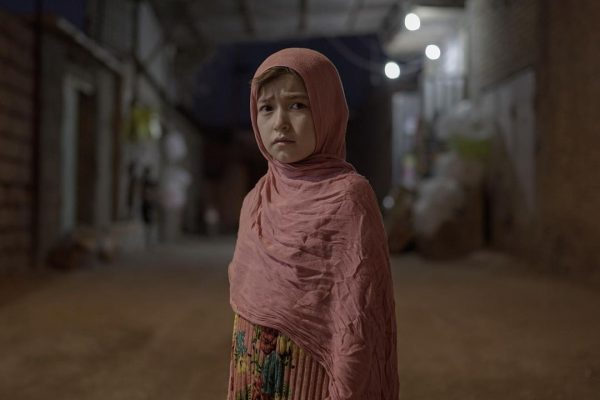 afghan-girl-in-iran