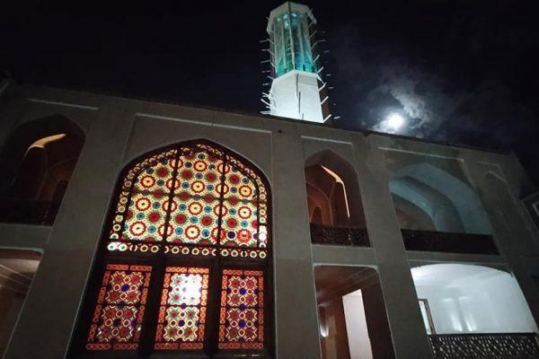 mosque-at-night-syi-iran