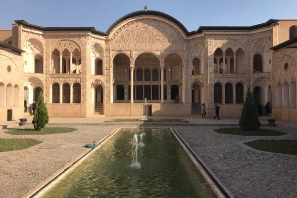 syi-blog-italian-in-iran-1